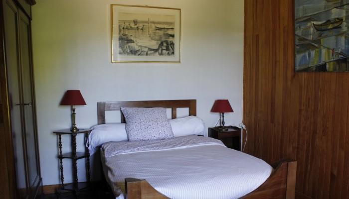 les chambres d 39 h tes du ch teau sont situ es dans l 39 aile gauche et sont reconnues pour leur. Black Bedroom Furniture Sets. Home Design Ideas