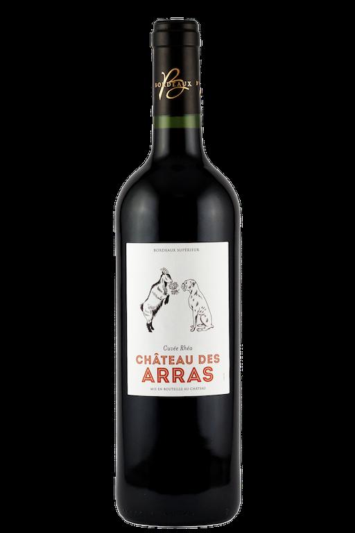 Bouteille de vin de Bordeaux Supérieur Rouge avec une étiquette comprenant une chêvre et un chien