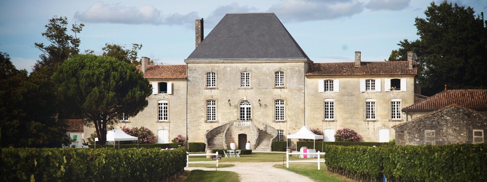 chateau-des-arras-chevre-facade-philosophie-verte